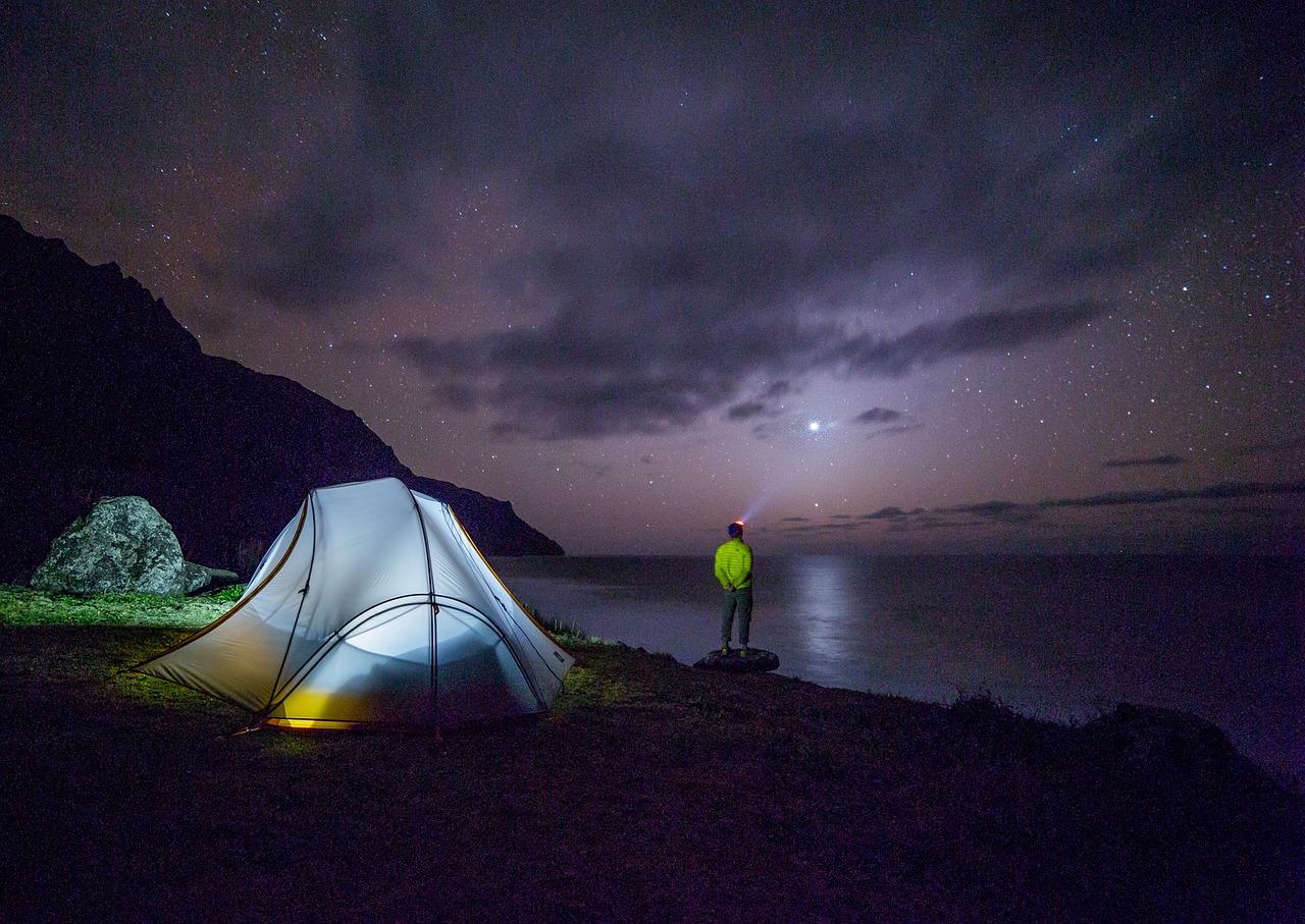 Camping sauvage en France : où planter sa tente ?
