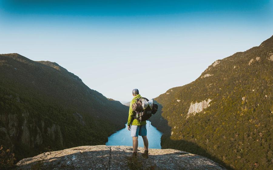 Comment voyager avec sa tente ? Conseils et astuces