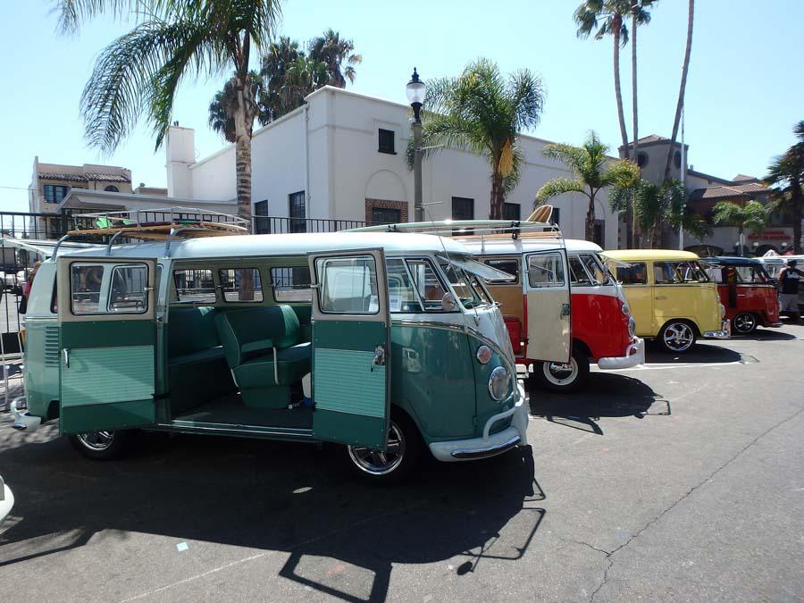 Le mythique combi VW : plus qu'une histoire, une légende