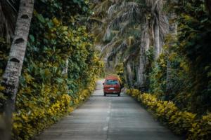 Pratiquer le slow travel en van pour voyager lentement