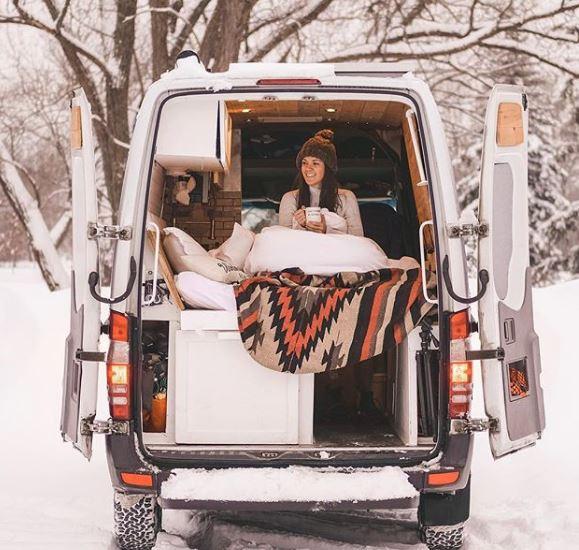 équiper son van pour l'hiver