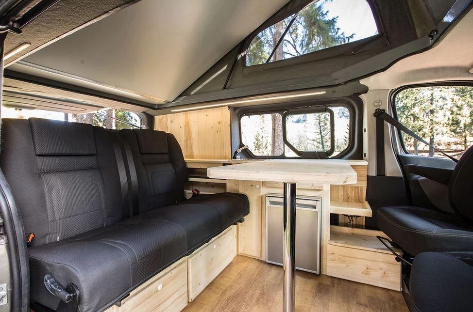 aménager un van avec du bois