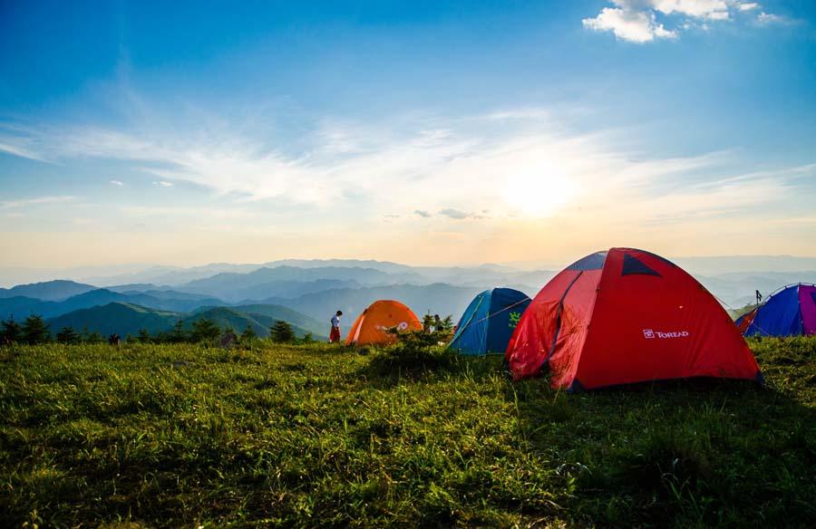 Équipement de camping écologique : comment voyager responsable ?