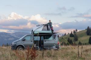 La tente de toit gonflable pour van par Quechua